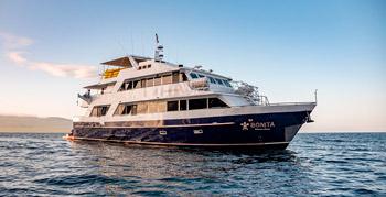 Galapagos Mid Range Boats